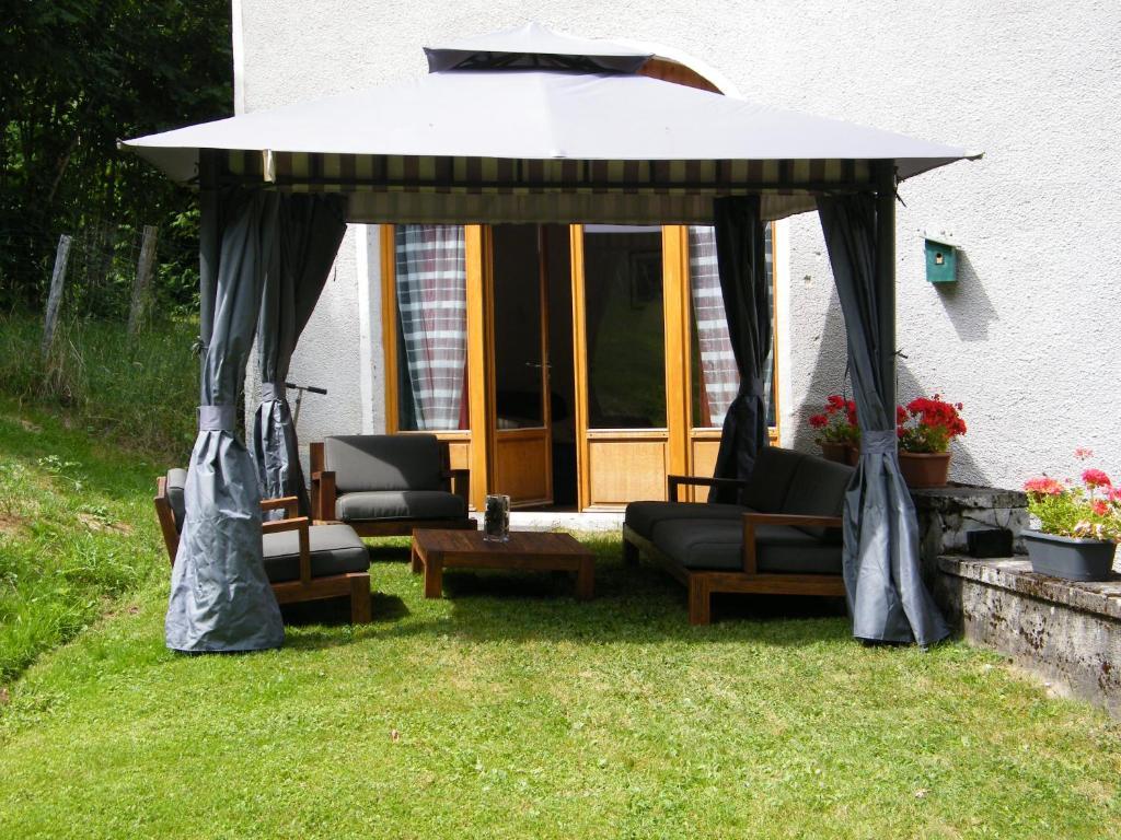 Apartments In Saint-germain-l'herm Auvergne