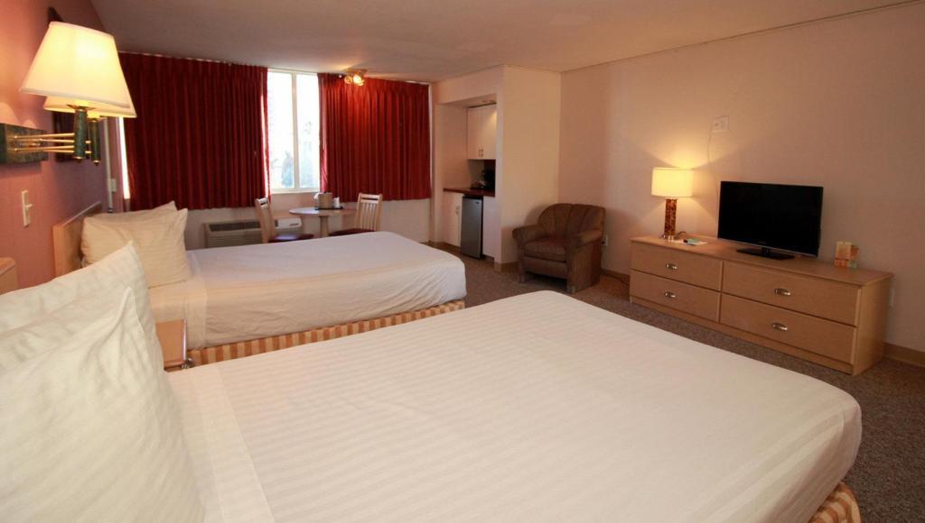 Seaside Inn & Suites Clearwater Beach