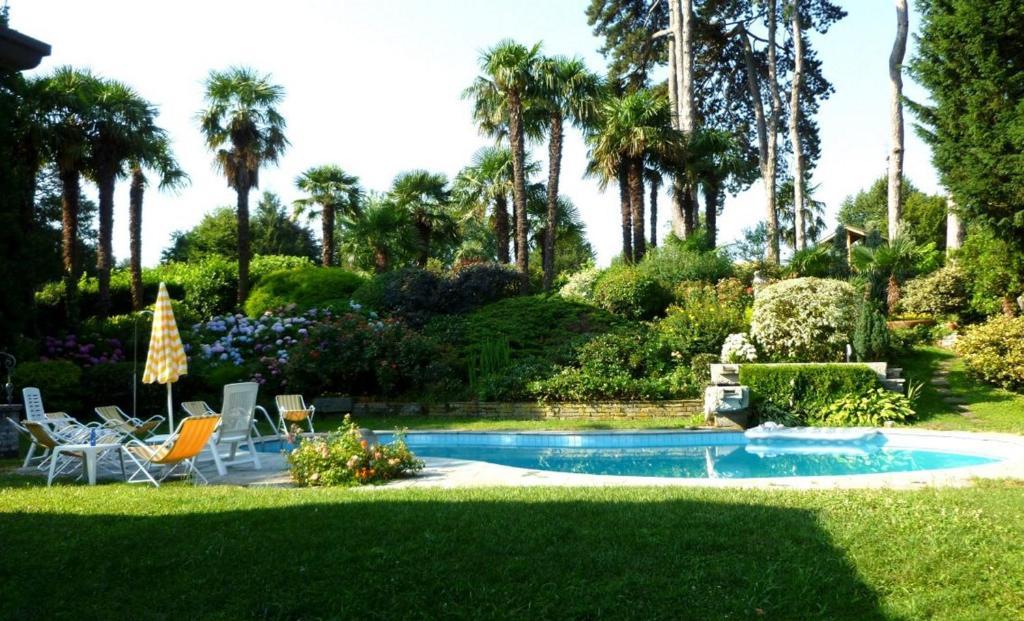 Villa con piscina per soggiorni estivi (Italien Cassago Brianza ...