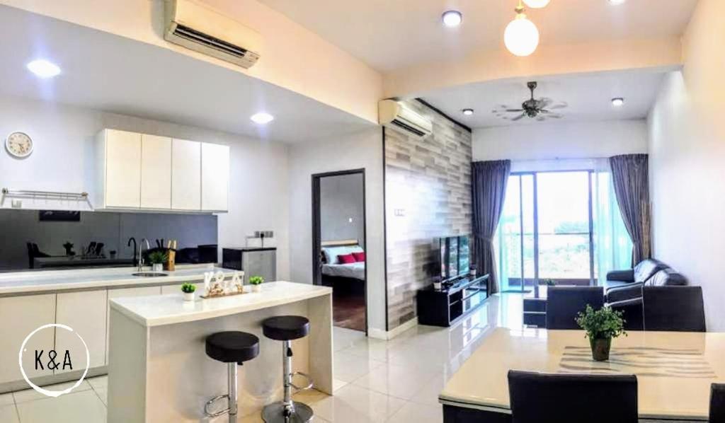A Kitchen Or Kitchenette At K Imago Loft