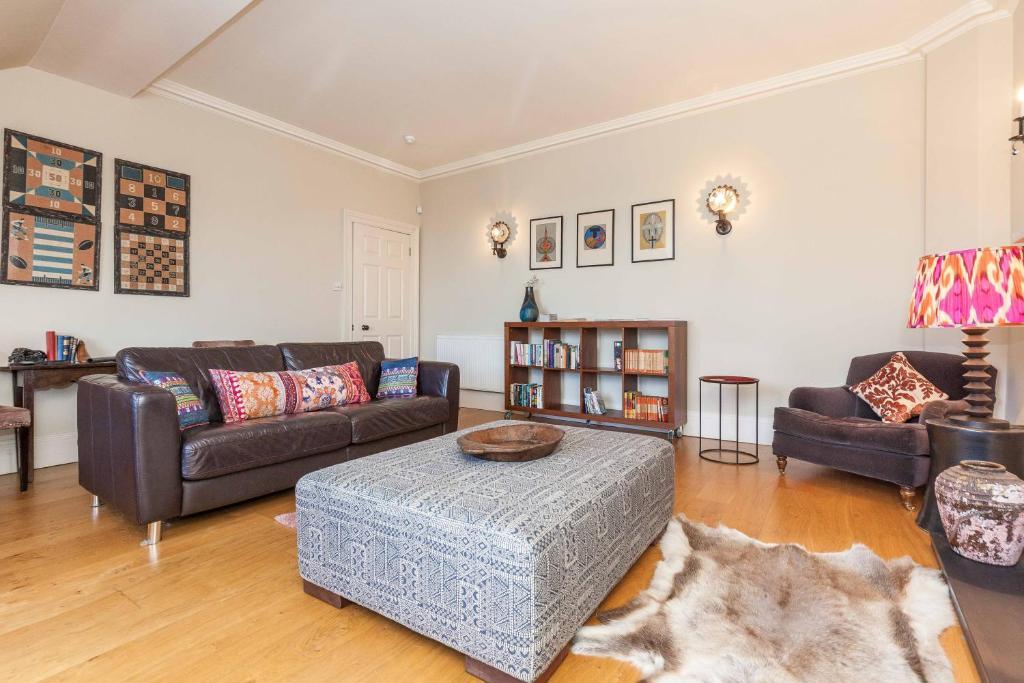 Apartment North Castle Street Luxury 3 Bedroom/3 Bathroom, Edinburgh ...