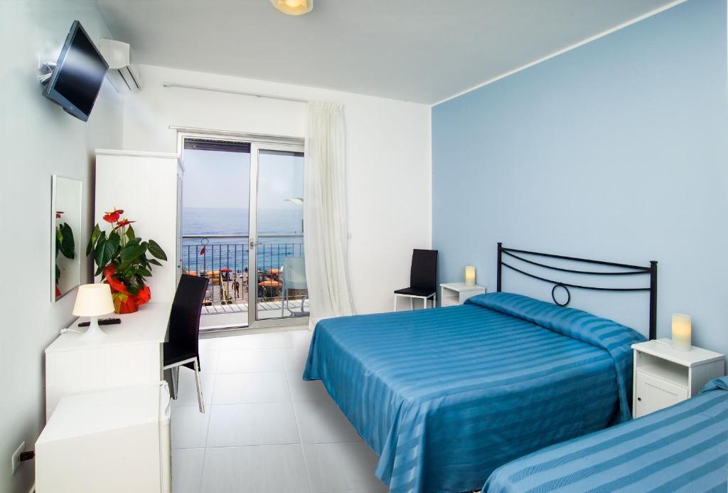 Maniel beach hotel letojanni u2013 prezzi aggiornati per il 2019