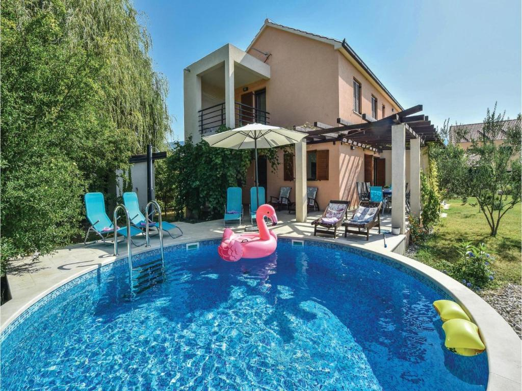 Outdoor home pool  Holiday home Solin with Outdoor Swimming Pool 369 (Kroatien Solin ...