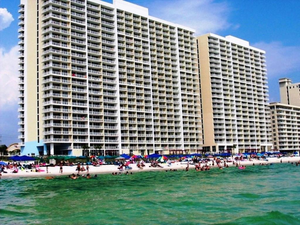 apartment majestic beach tower 2 701 panama city beach. Black Bedroom Furniture Sets. Home Design Ideas