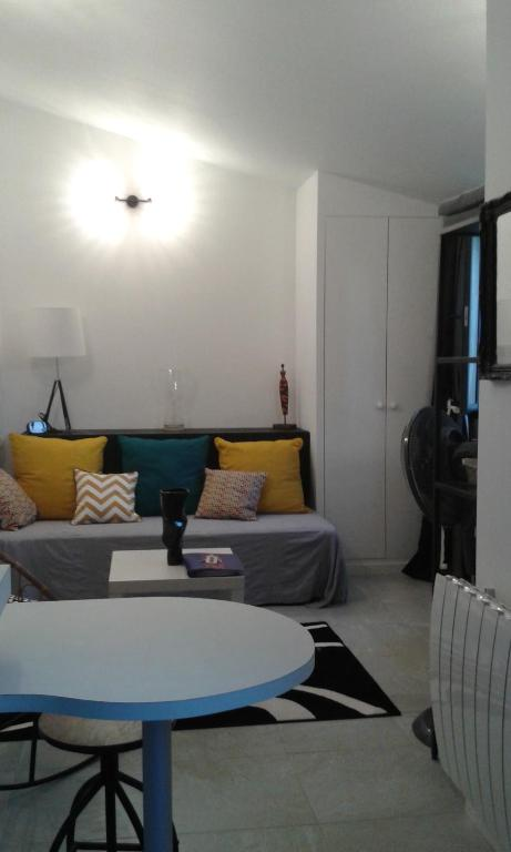 Apartments In Rodilhan Languedoc-roussillon