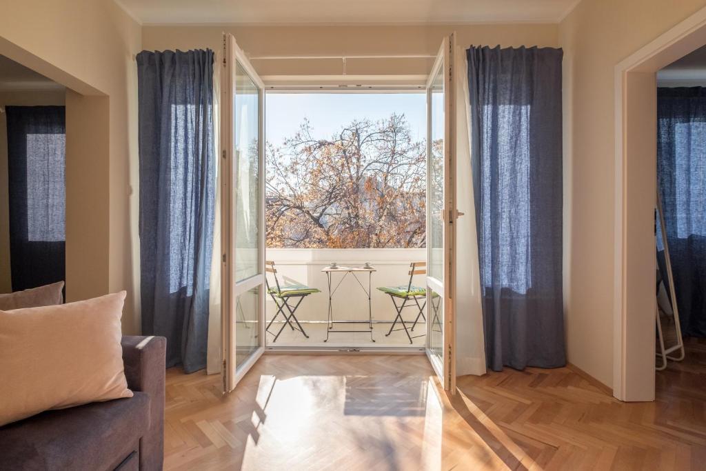 Zaimov S Balcony Central Two Bedroom Splendid Apartment Sofia