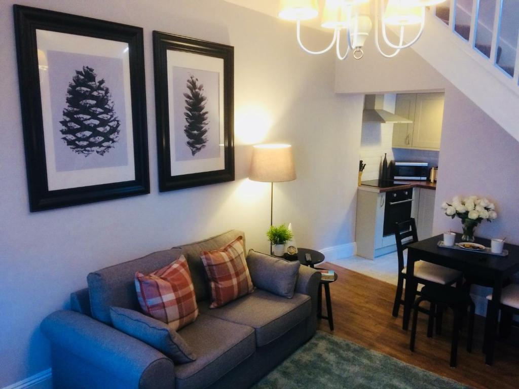 mpton Holiday Cottage, mpton – Updated 2019 Prices on fitness packages, software packages, catering packages, bath packages, marketing packages,