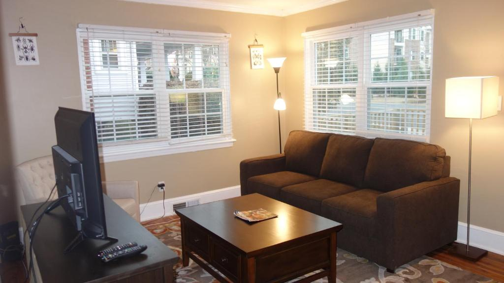 Apartment The Right Side Duplex Charlotte Nc Bookingcom