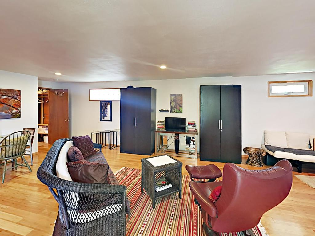 Apartments In Fletcher Bay Washington State
