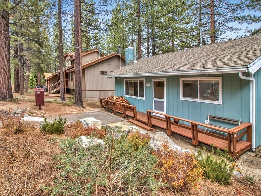 redawng rentals lake friendly pet vacation military on cabins discount casinos cabin near north cheap lakefront tahoe