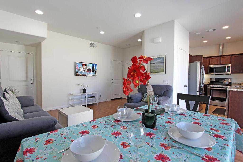 Apartments In La Palma California