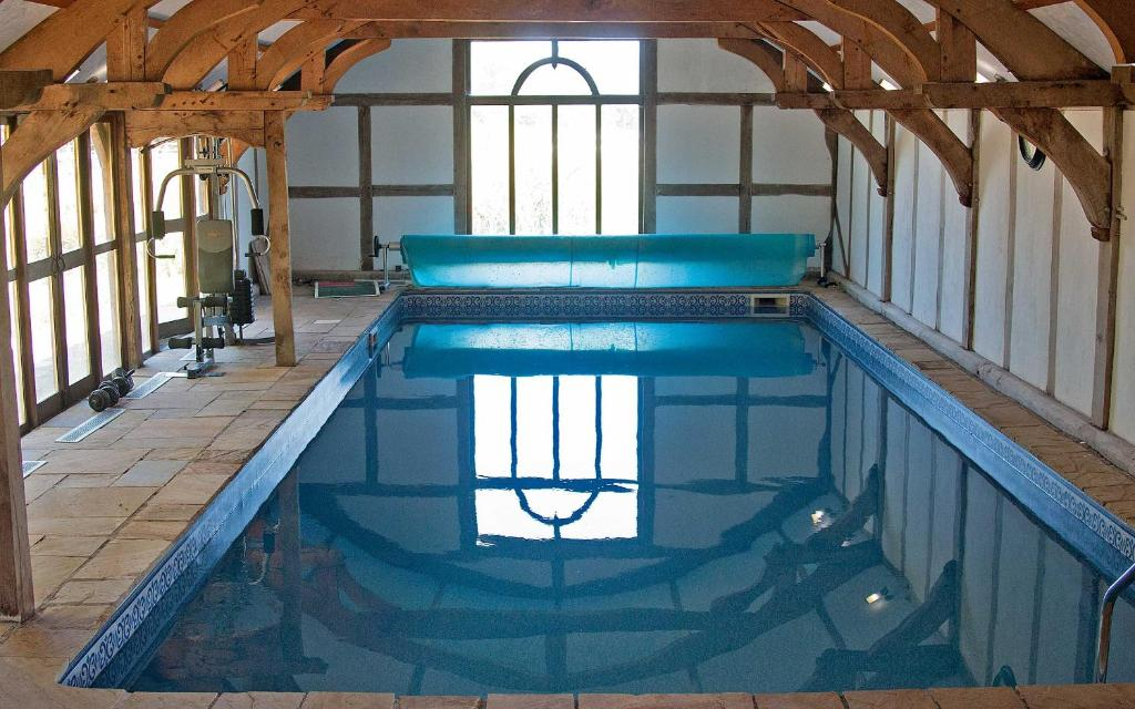 The old mill barn wirral updated 2019 prices - Wirral hotels with swimming pools ...