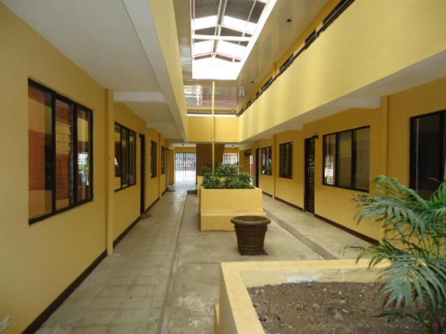 Apartments In Cima Cartago