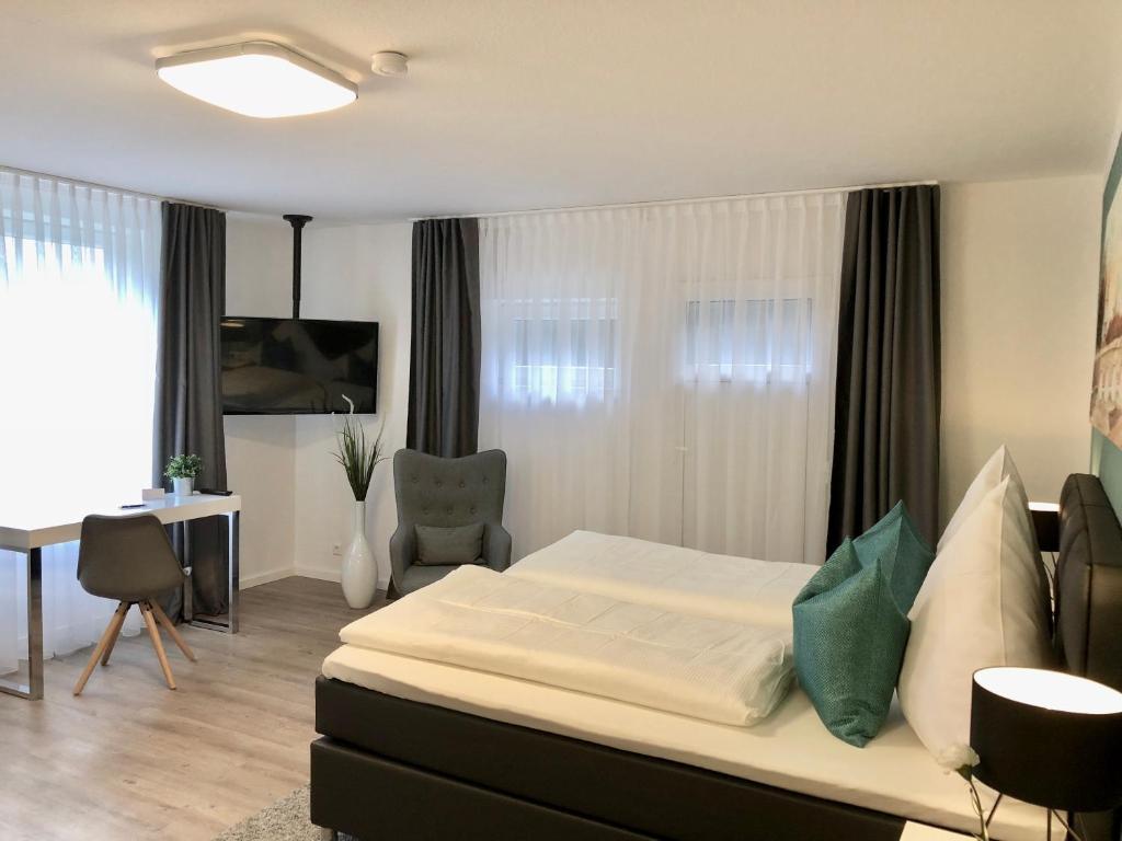 Apartment Appartment, Sindelfingen, Germany - Booking.com