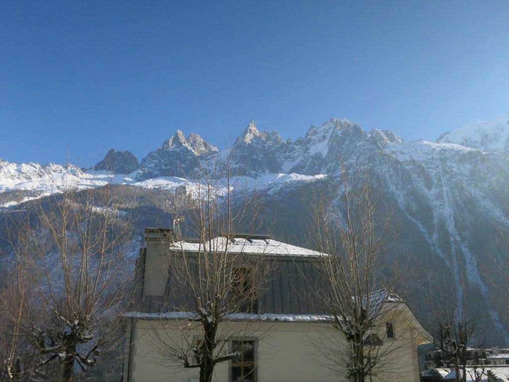 Le Pré du Rocher during the winter