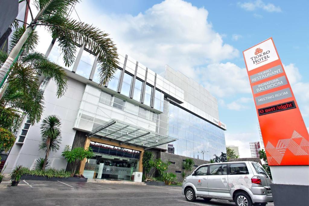 Tjokro Hotel Pekanbaru(プカン...