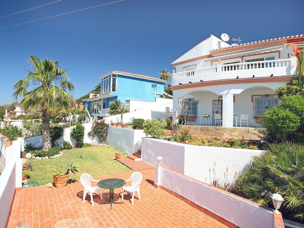 Hotel cerca : Holiday home Girasoles 4b Benajarafe
