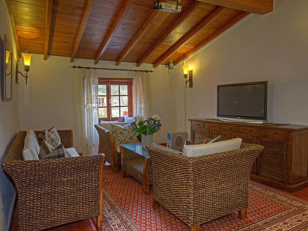 Vacation Home Landhaus Teide Mit 5 Badezimmern, La Caridad, Spain ...