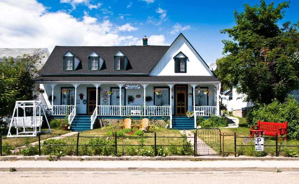 Bed And Breakfast Maison Hovington Tadoussac Canada Booking Com