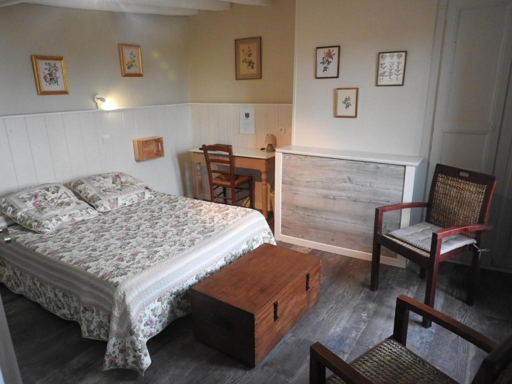 Hotel Du Moulin Saint Aignan France Bookingcom