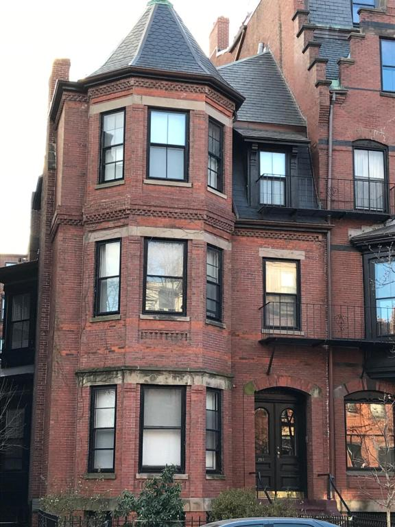 Apartments In Back Bay Massachusetts