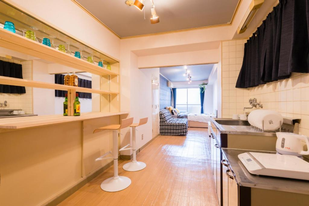 sj apartment shinsaibashi osaka japan booking com rh booking com
