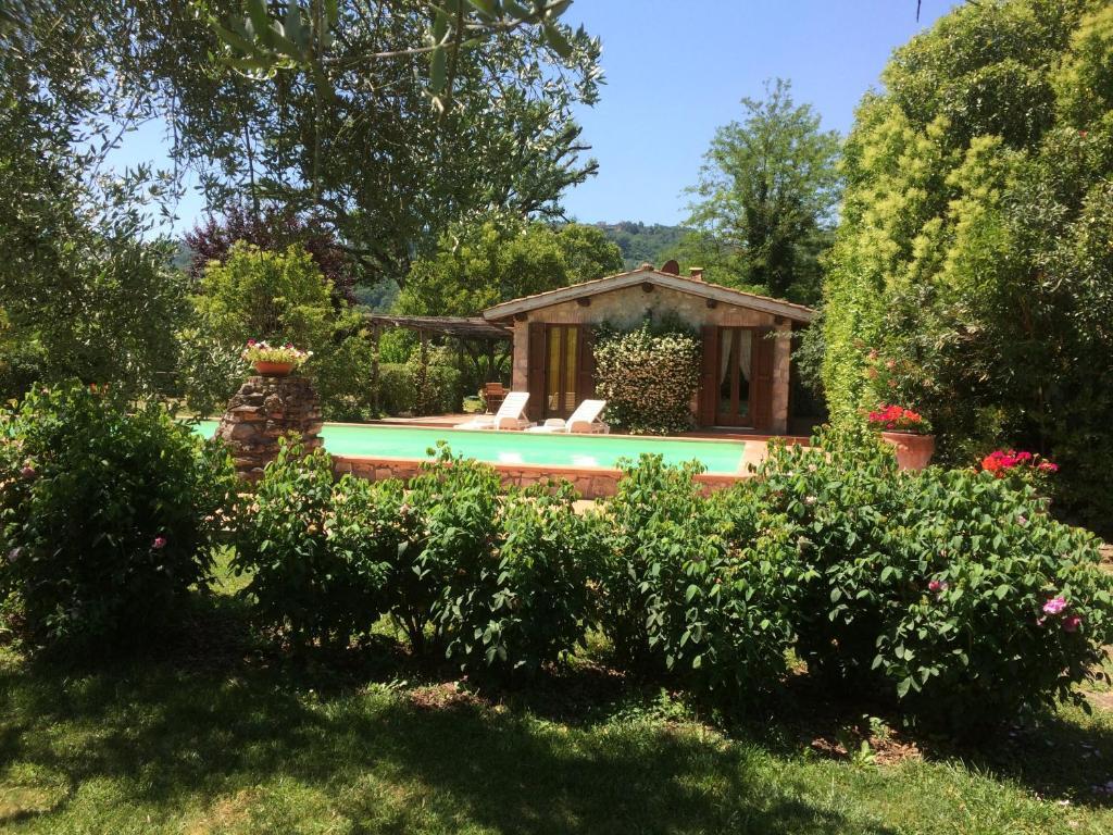 Swimming pool sa o malapit sa Casale Eredità