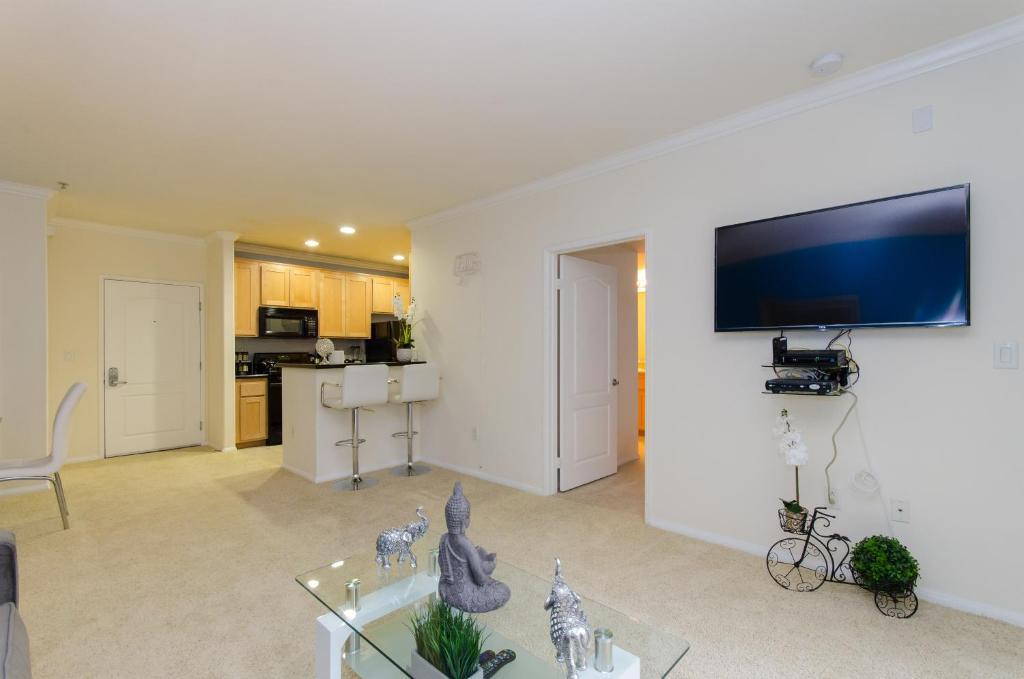downtown la vip resort apartment los angeles ca booking com