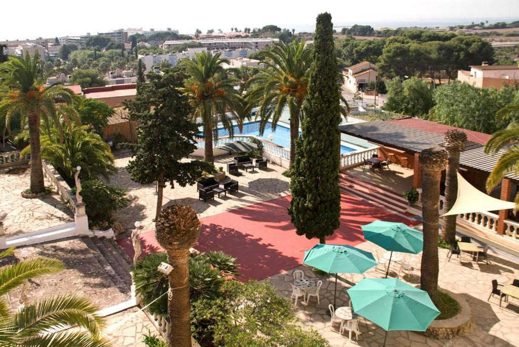 A view of the pool at San Martin or nearby