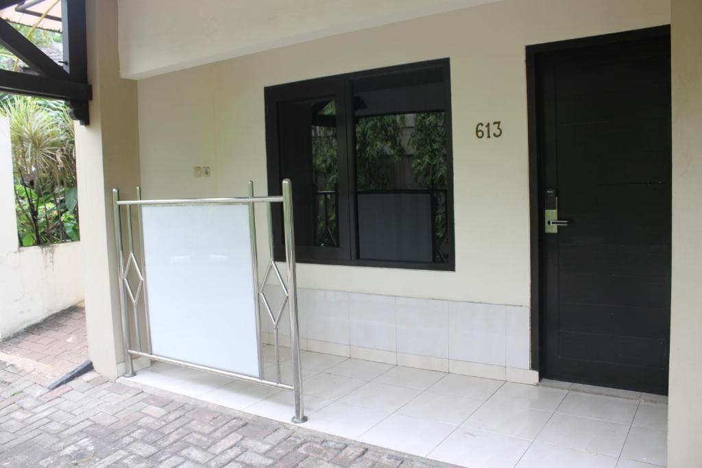 C One Hotel Pulomas Jakarta Indonesia Booking Com