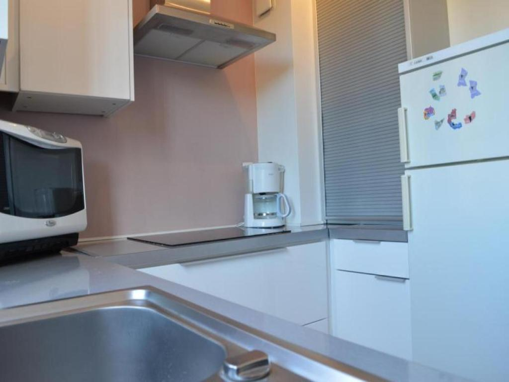 Apartment Caroubiers, Saint-Aygulf, France - Booking.com