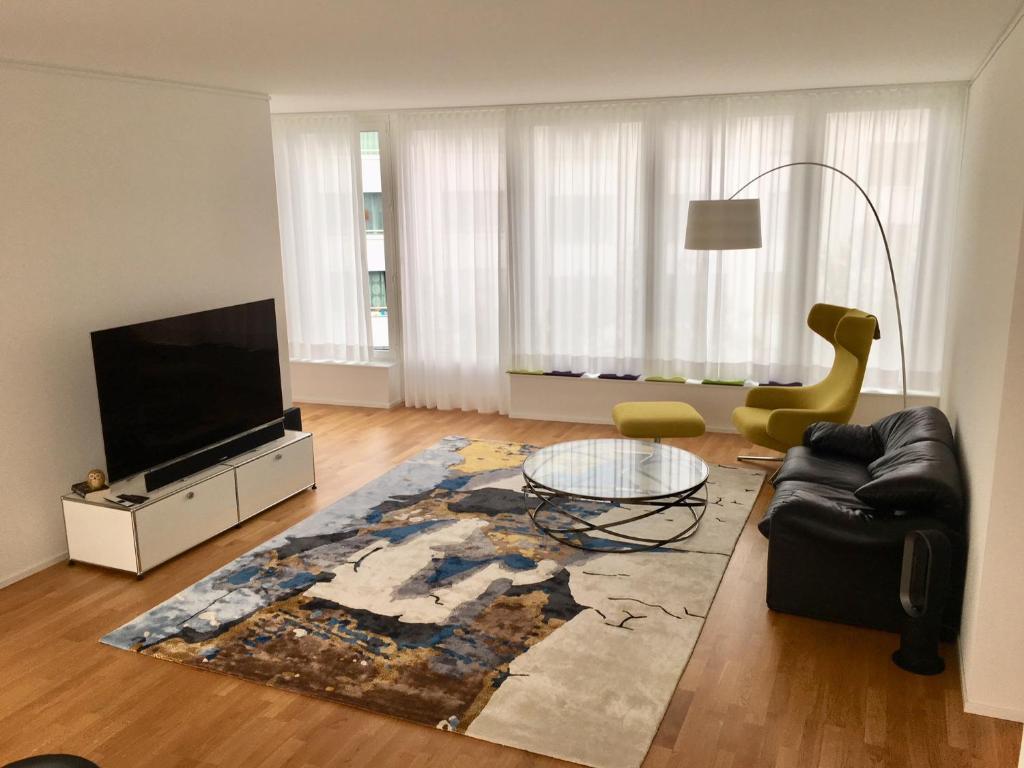 Aldi Suisse Kühlschrank : Spacious city apartment schweiz köniz booking.com