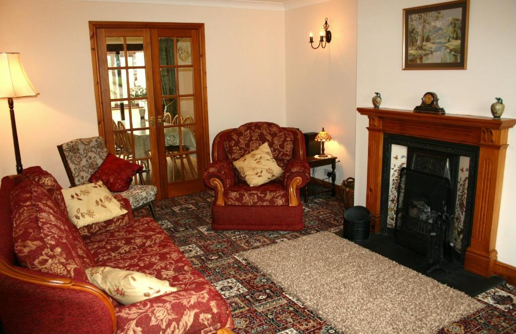 A seating area at Emerald Bank Cottage