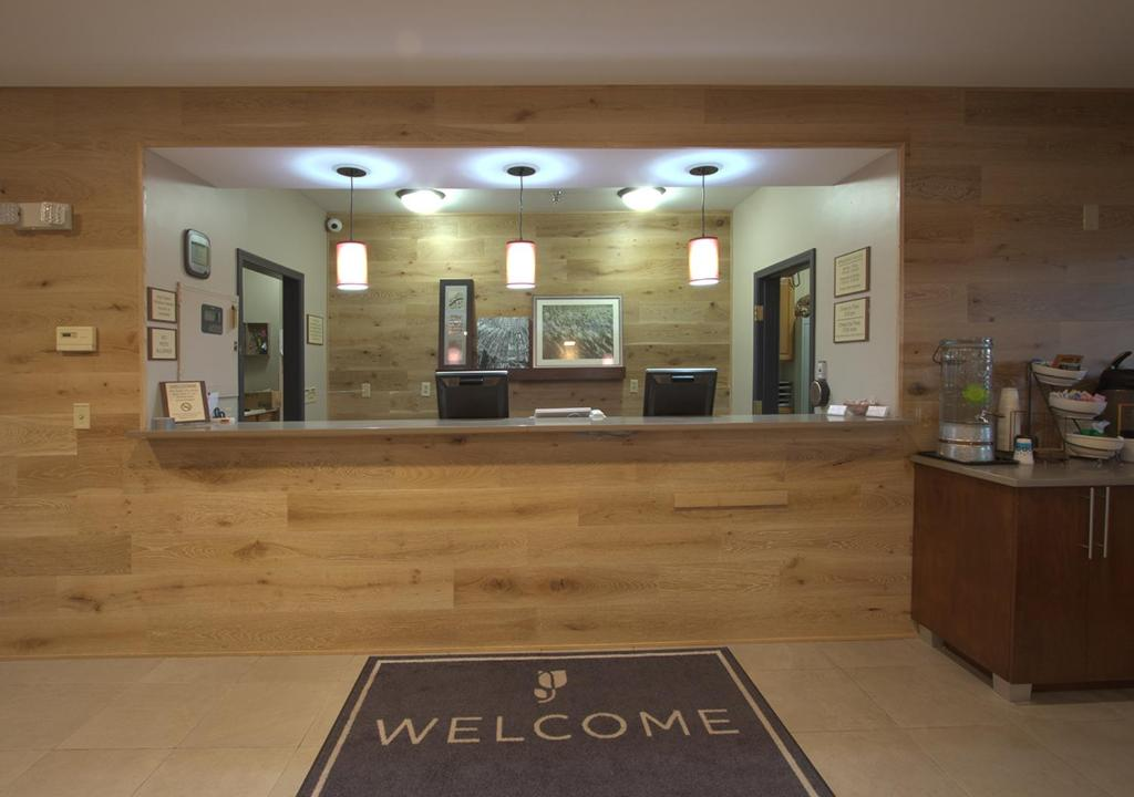 country inn suites by carlson m moline il booking com rh booking com
