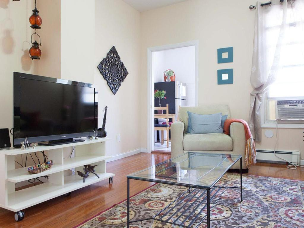 Apartment Penthouse in Little Persia, Queens, NY - Booking.com