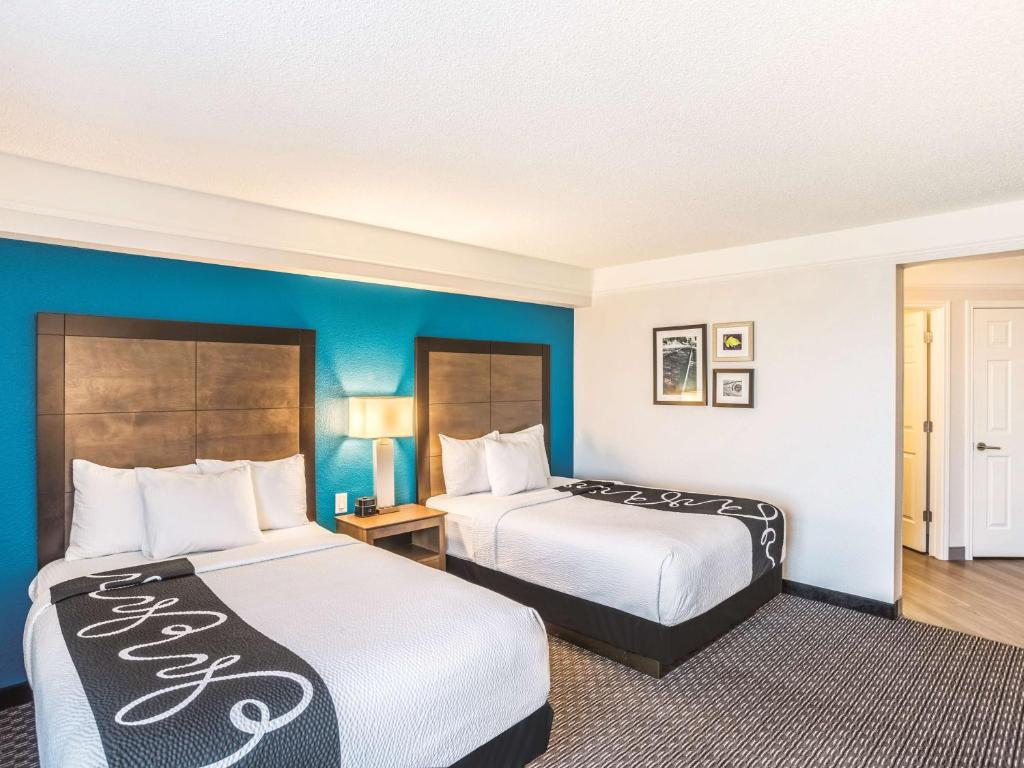 la quinta inn suites phoenix chandler az booking com
