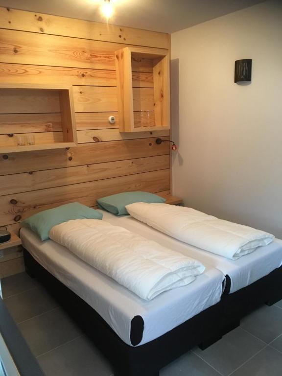 Bed 2 Personen.Apartment Studio Voor 2 Personen Domburg Netherlands Booking Com
