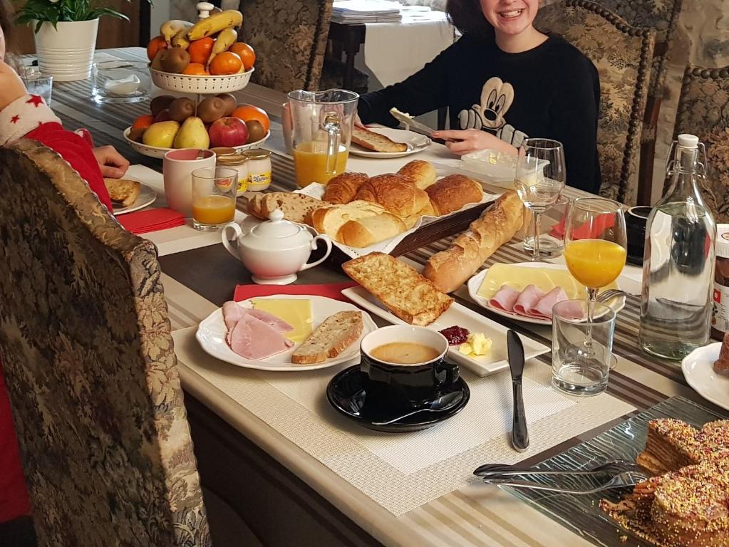 Maison Vacances Gîte Buzy Ame De Bellefrance Ygv7b6mIfy