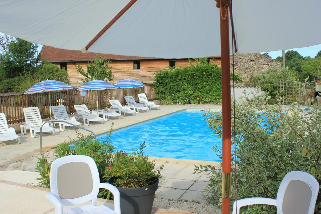 Fabulous gallery image of this property with cash piscine agen for Cash piscine orleix horaires