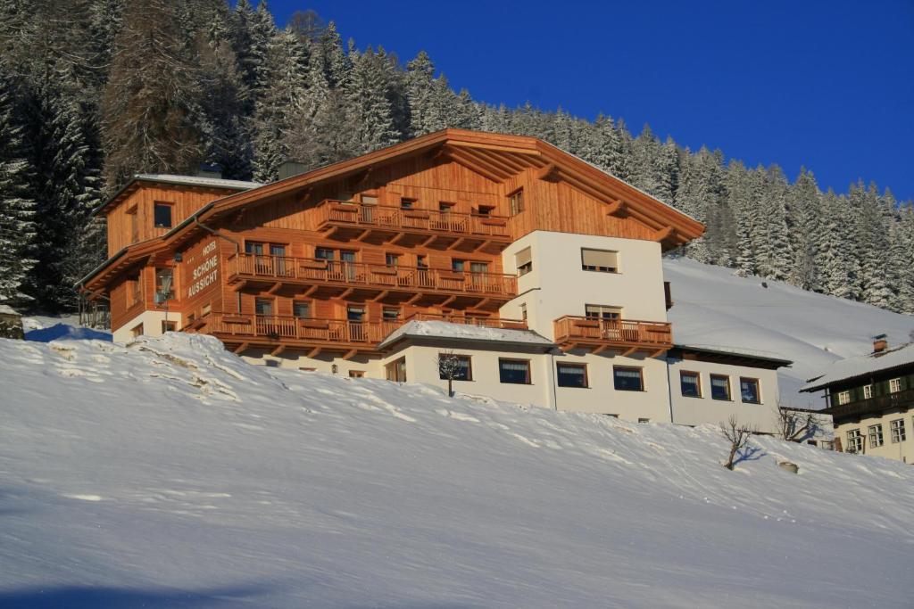 Hotel Schone Aussicht Osterreich Kartitsch Booking Com