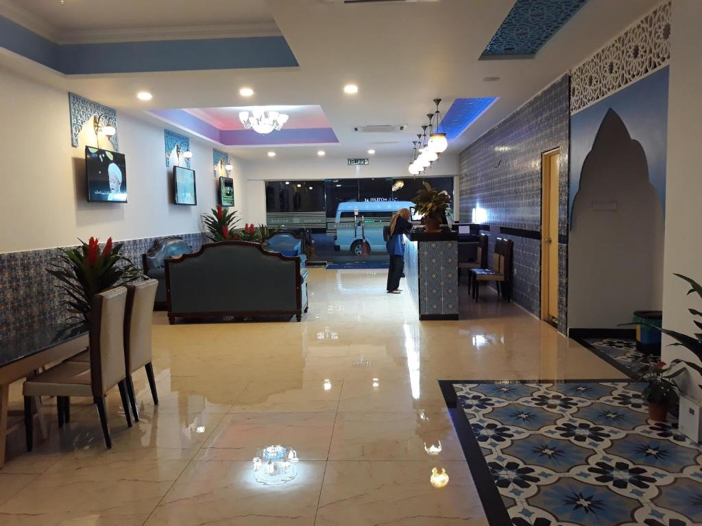 The lobby or reception area at Hotel Hilal