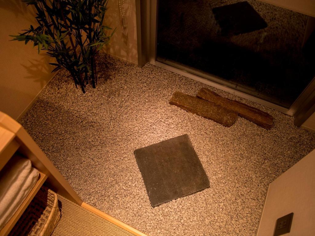 ポイント2.木々の落ち着きを感じる広々とした客室