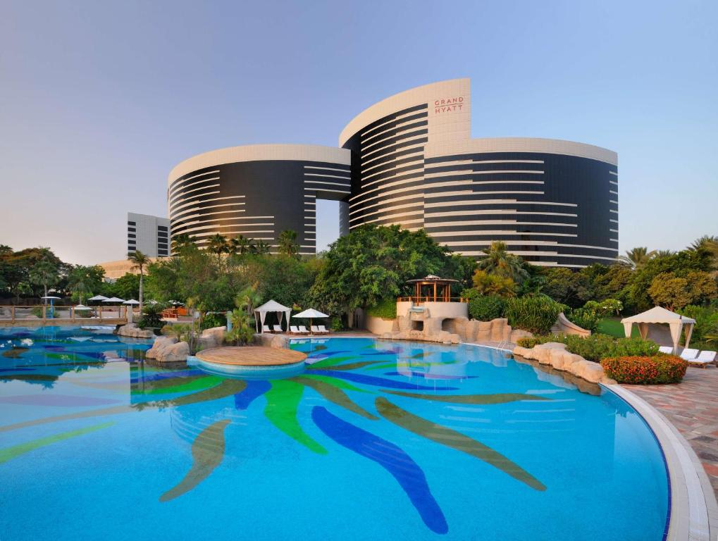 Hotel grand hyatt dubai uae for Hotel dubai booking