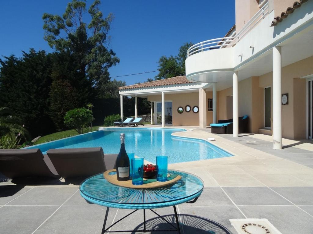 Villa Design Golf Riviera Opio France Booking Com