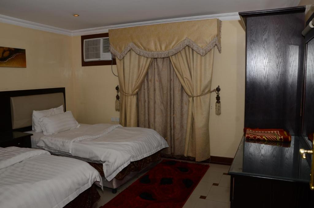 Bedroom Furniture Riyadh condo hotel al yamama palace malaz, riyadh, saudi arabia - booking