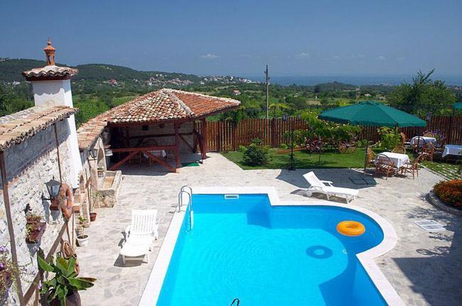 Ваканционна къща Saint George Holiday Апартамент - Варна