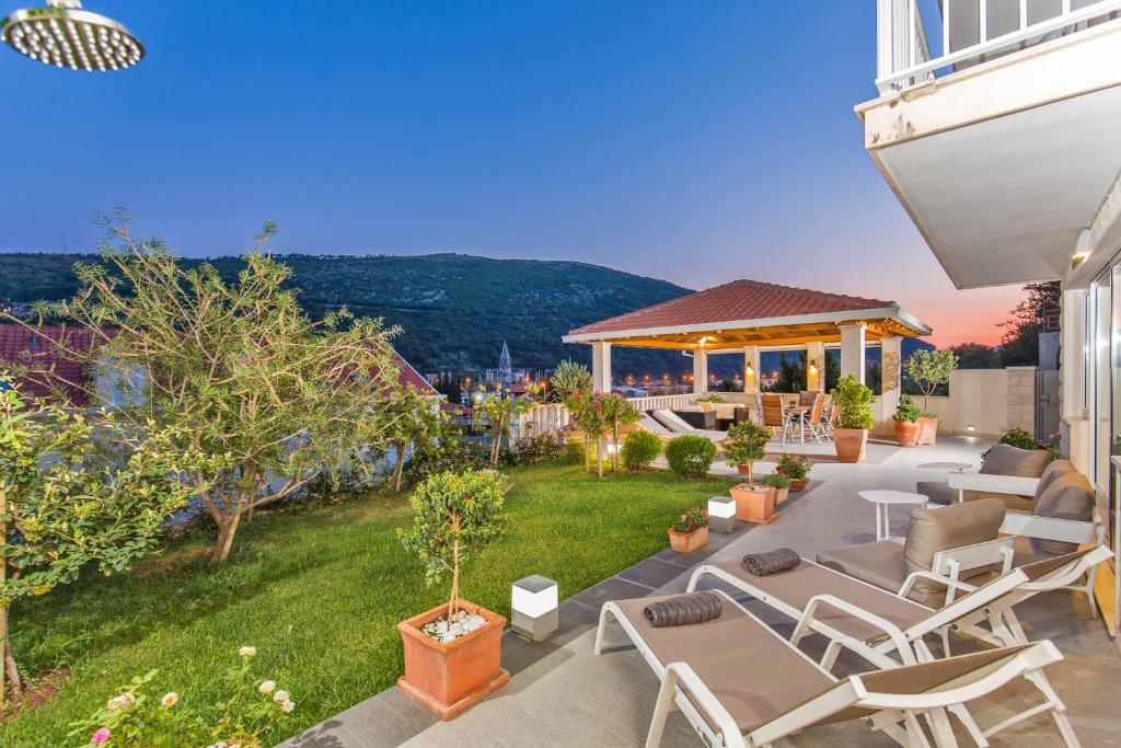 Villa Ana (Kroatien Rožat) - Booking.com