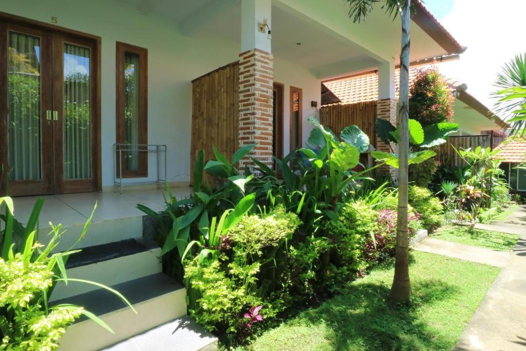The Wina Guest House 2 Canggu Indonesia Bookingcom