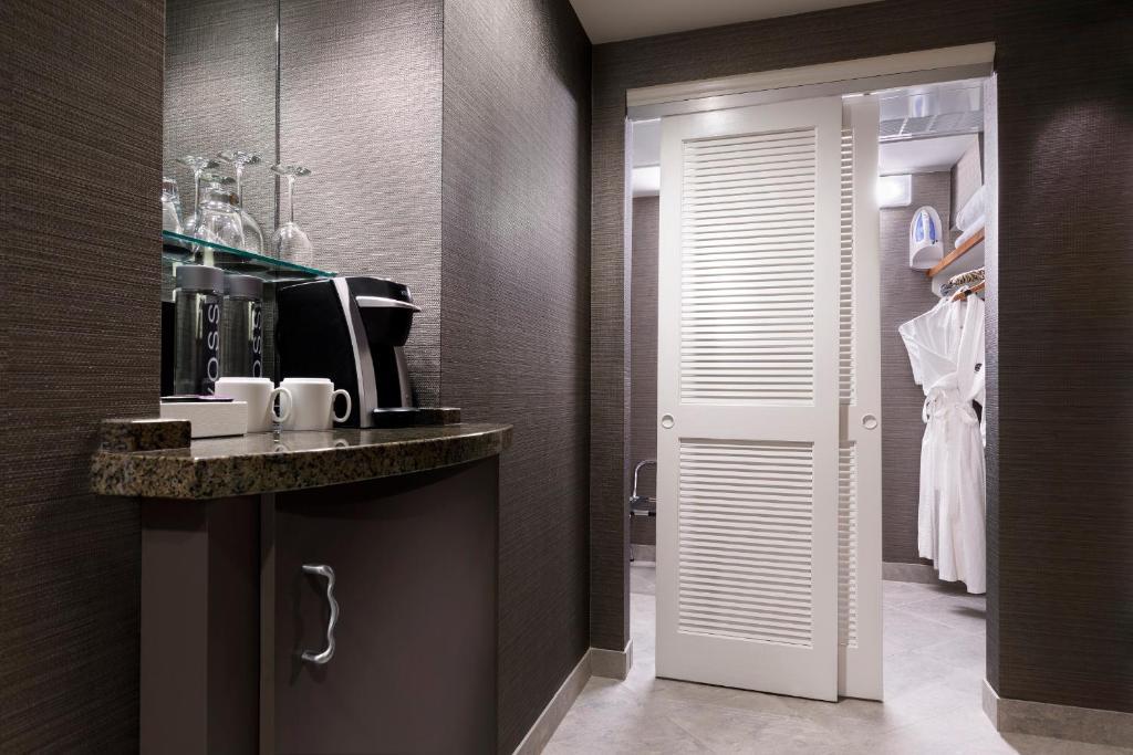 Hard Rock Hotel (USA Orlando) - Booking.com