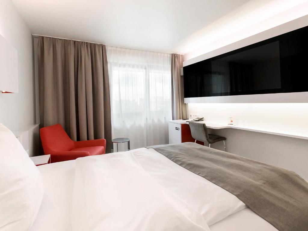 DORMERO Hotel Hannover, Germany - Booking.com